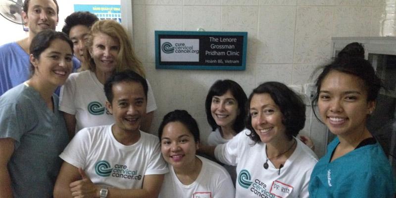 """Lenore Grossman Pridham Clinic"" in Hoanh Bo"